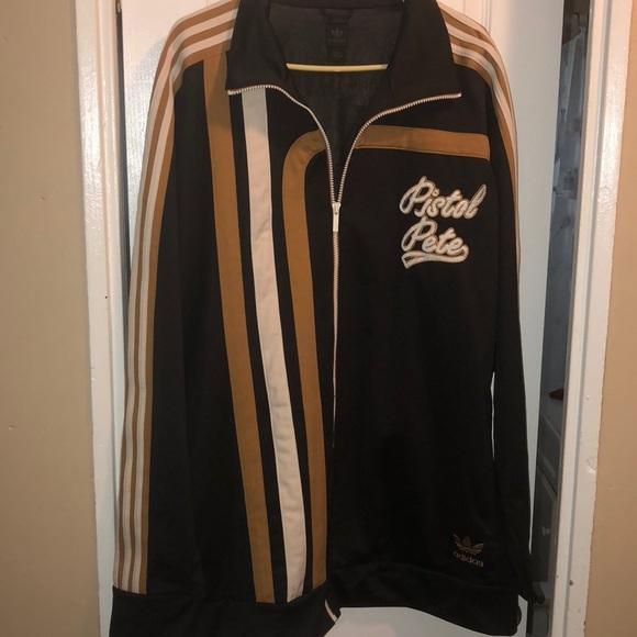 01377e808197b Vintage Pistol Pete Icon jacket 🧥 PRICE DROP 1HR